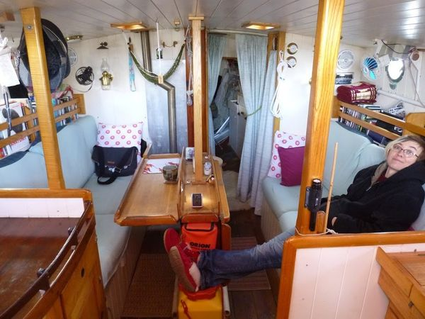 Suddenly Sailing - A bit about Boat Living